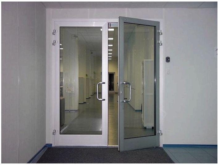 Почему алюминиевые двери лучший вариант для дома или офиса?